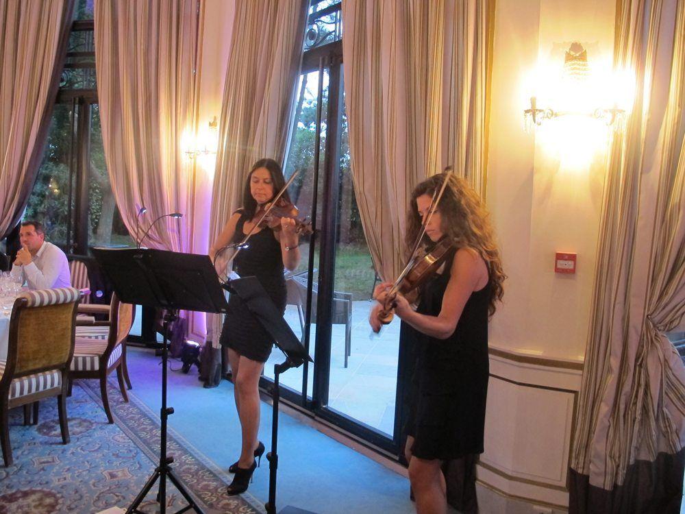Florence Veniant & Emeline Chirol, le duo les parisiennes